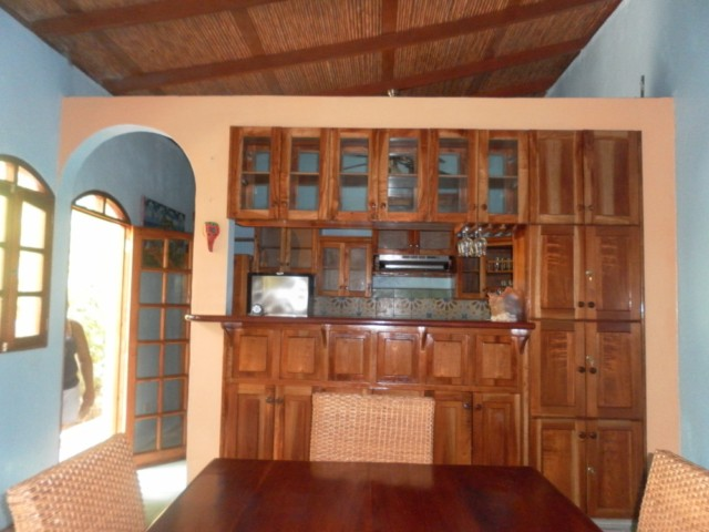 Casa Tranquilla - Dining and kitchen View