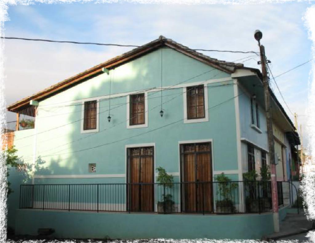 Casa de la Plaza - Granada Home Rental